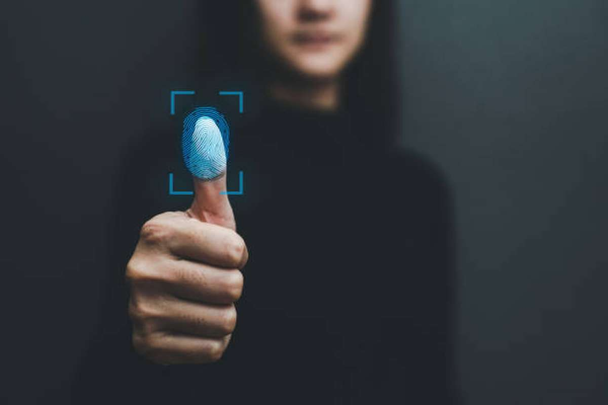 how does biometric access control system work