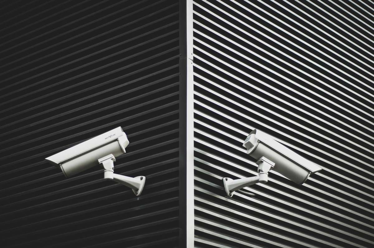 which is better cctv or ip camera3