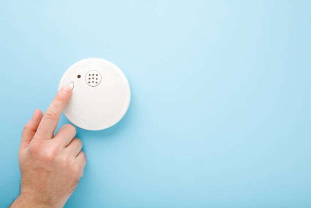 why is my alarm hub beeping 2